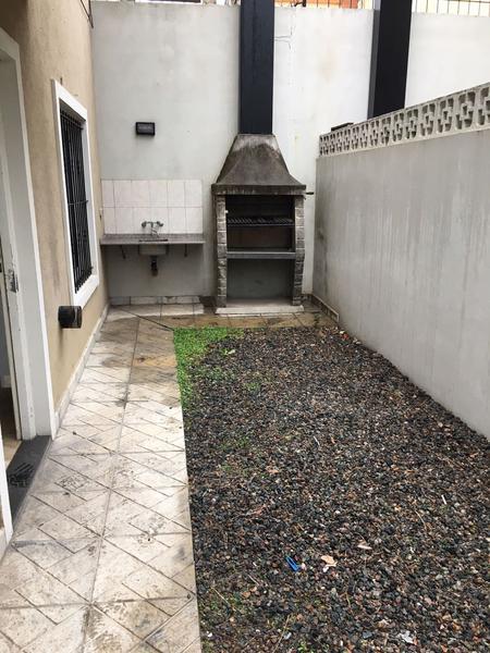 Foto Casa en Alquiler en  Paso Del Rey,  Moreno          Conjunto residencial - Dpto: Nº 4  - Tipo duplex - Morón al 800 - Lado Norte