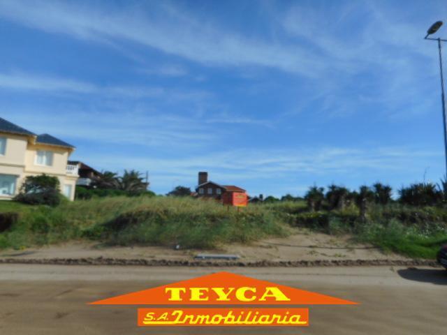 Foto Terreno en Venta en  Pinamar ,  Costa Atlantica  Av. del mar