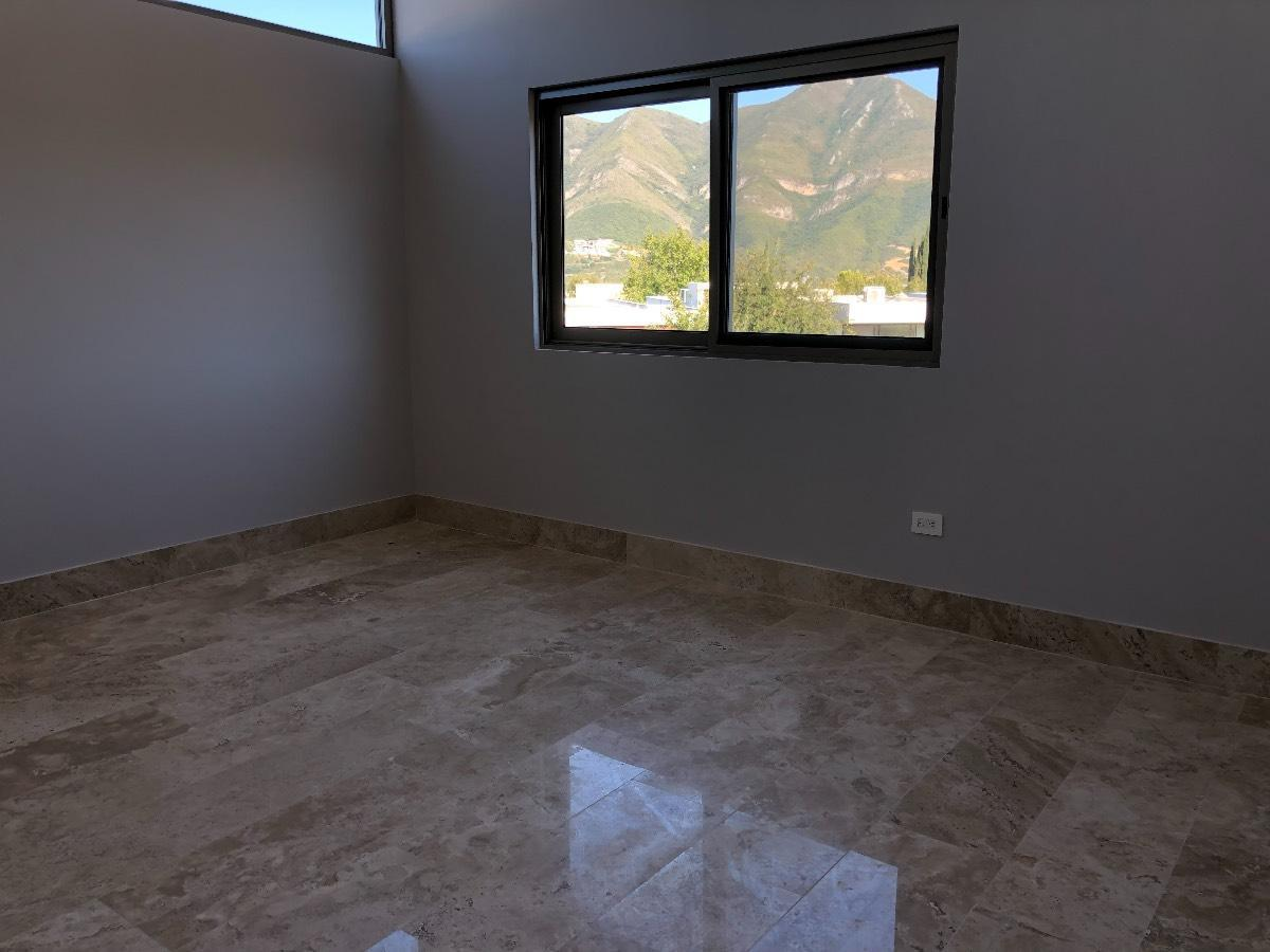Foto Casa en Venta en  El Refugio,  Monterrey  CASA EN VENTA FRACC EL REFUGIO CARR NACIONAL MONTERREY NL $8,900,000