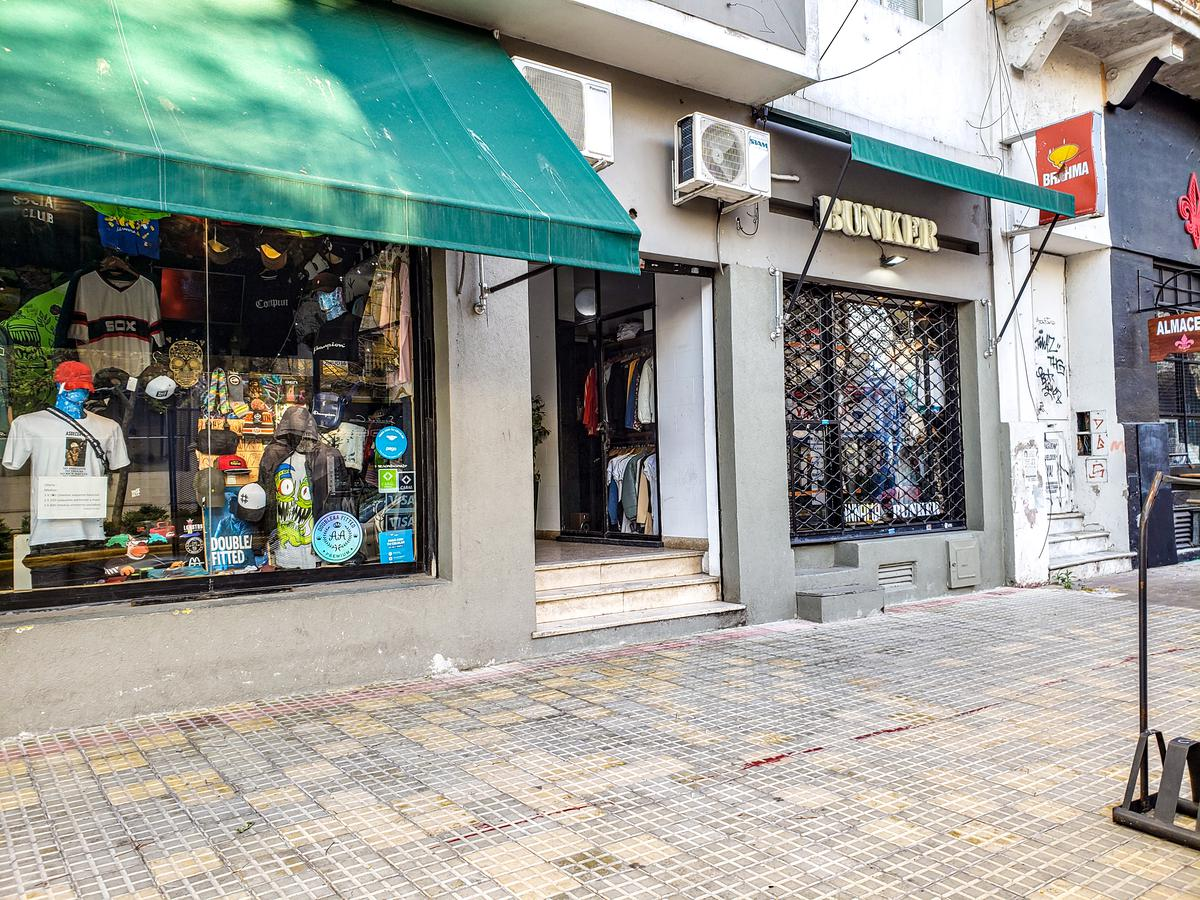 Foto Local en Venta en  Plaza Italia,  La Plata  Diagonal 74 1312