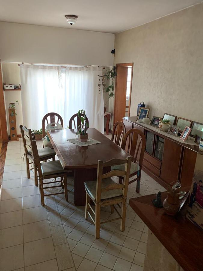 Foto Casa en Venta en  Temperley,  Lomas De Zamora  Carabelas 1354