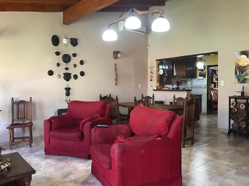 Foto Casa en Venta en  Villa Luzuriaga,  La Matanza  Buchardo al 2500