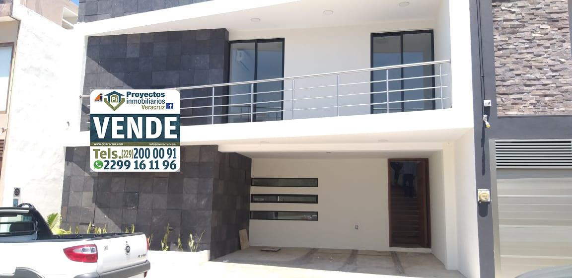 Foto Casa en Venta en  Fraccionamiento Las Palmas,  Medellín  CASA EN VENTA FRACCIONAMIENTO PALMAS DE MEDELLIN ALVARADO  BOCA DEL RÍO VERACRUZ