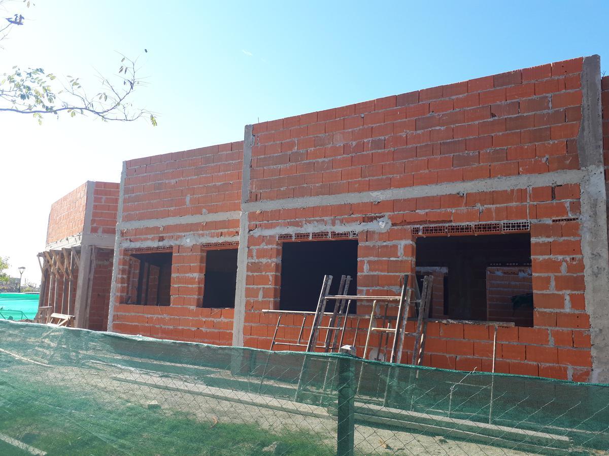 Foto Casa en Venta en  El Canton,  Countries/B.Cerrado  Barrio Puerto al 300