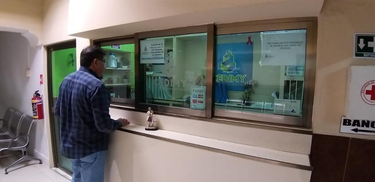 Foto Local en Renta en  Fraccionamiento Itzaes,  Mérida  Consultorio en Renta, Merida, Av. Itzaes ¡Con Facilidades de Ocupacion!