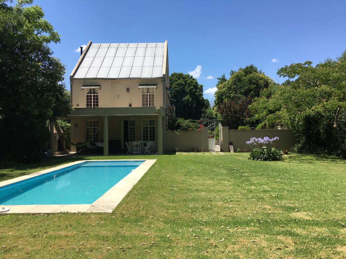 Foto Casa en Venta |  en  Altos De Benavidez,  Benavidez  Uruguay