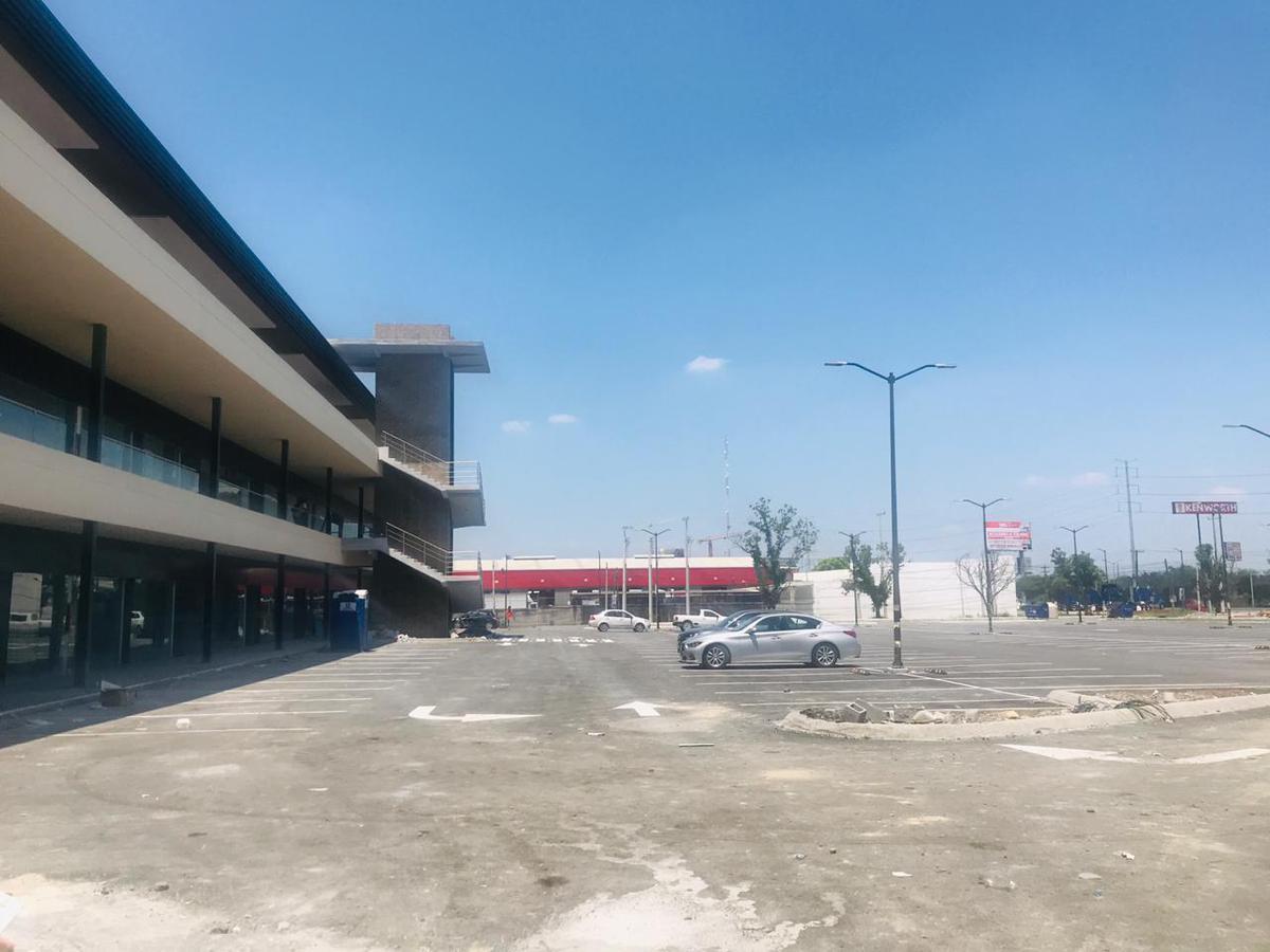 Foto Local en Venta en  Apodaca Centro,  Apodaca  LOCAL EN VENTA PLAZA EL MOLINO APODACA N L $2,650,000