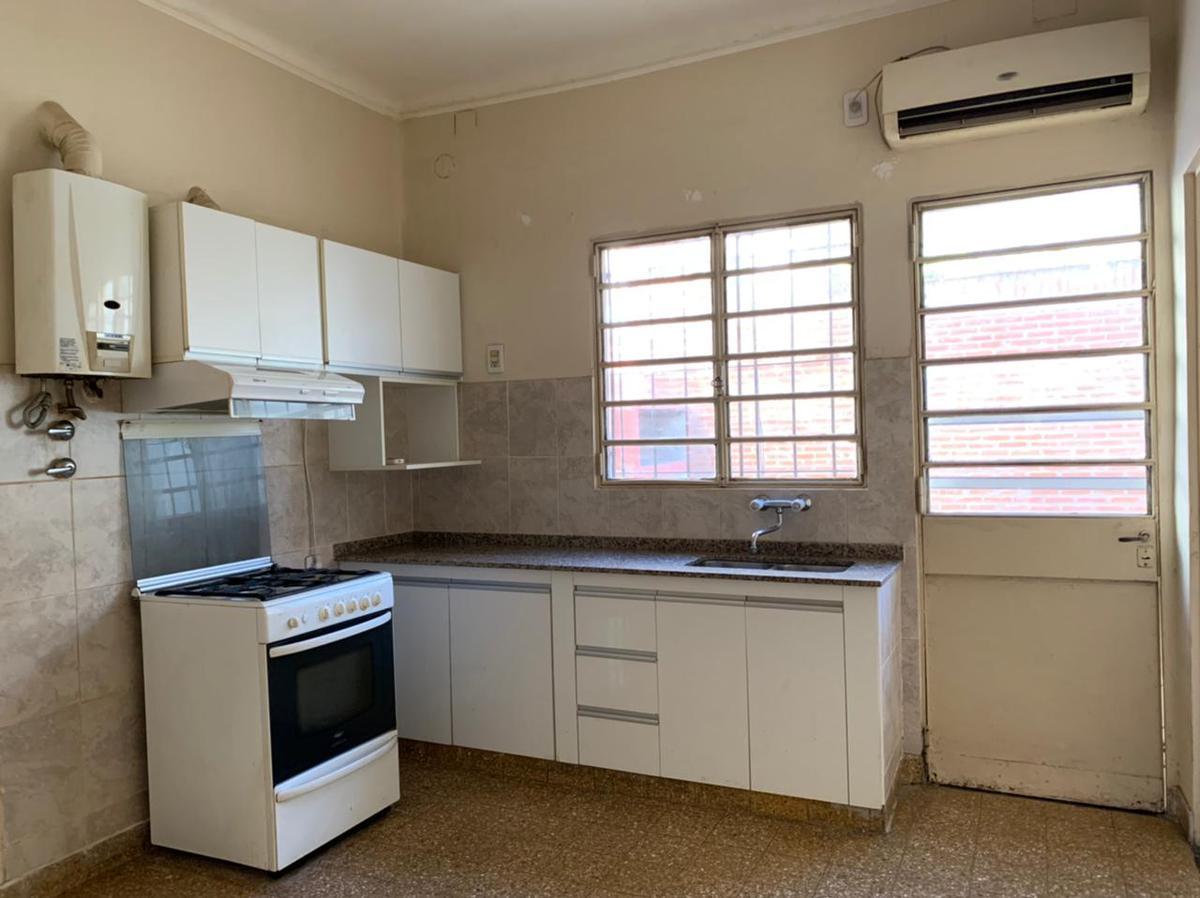 Foto Casa en Alquiler en  Echesortu,  Rosario  RIVERA INDARTE al 3700