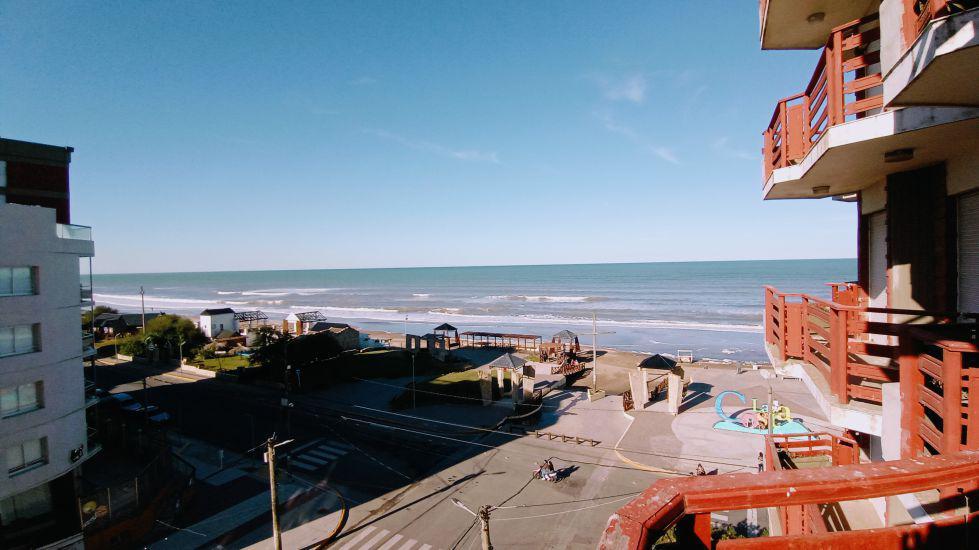 Foto Departamento en Venta en  San Bernardo Del Tuyu ,  Costa Atlantica  Av. San Bernardo y Av. Costanera - 4º B
