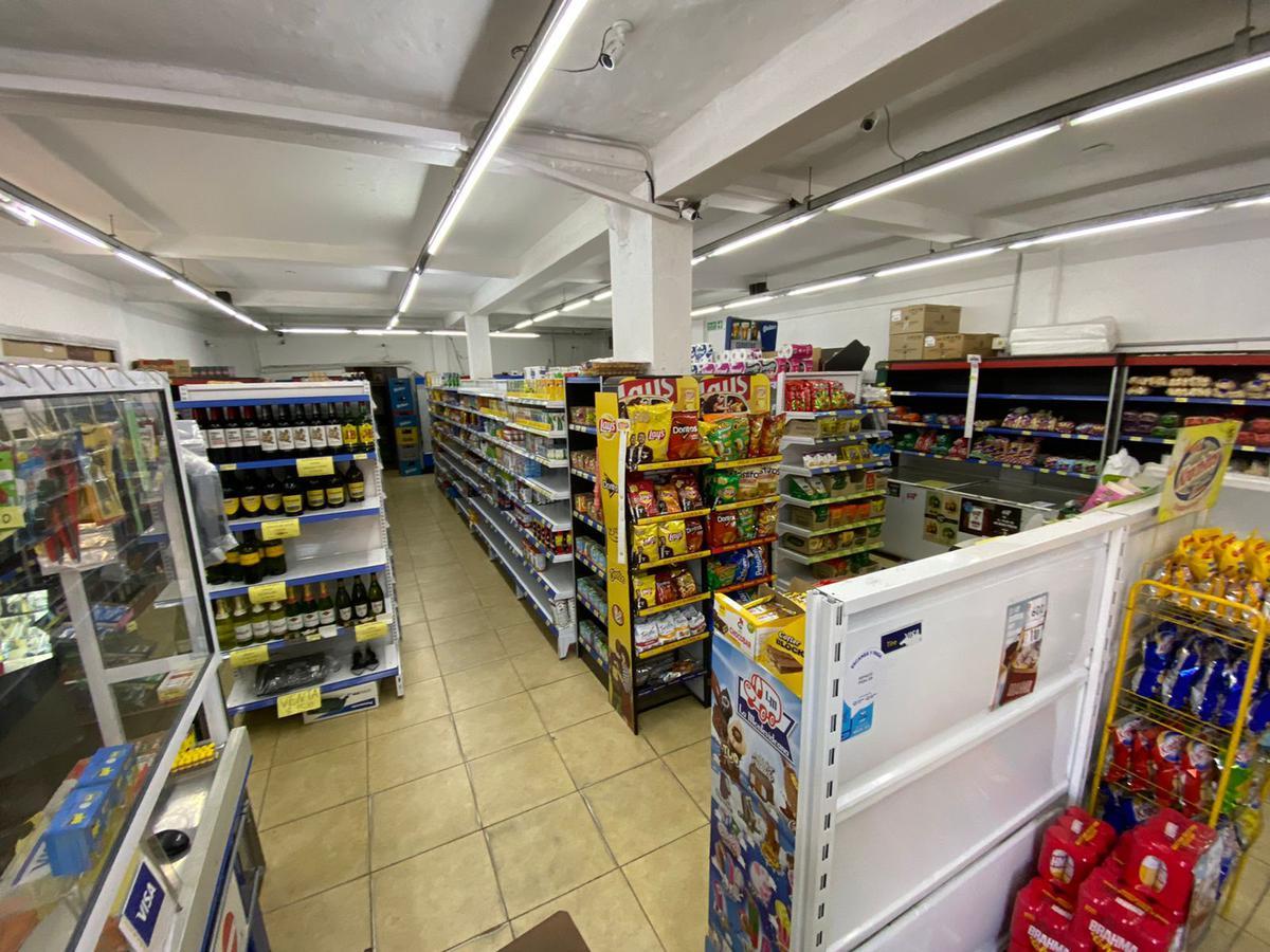 Foto Local en Venta en  San Fernando ,  G.B.A. Zona Norte  Arias al 800
