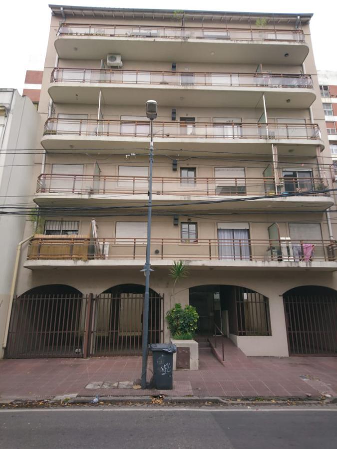 Foto Departamento en Alquiler en  San Fernando,  San Fernando  Av. Pte. Pêron al 1100