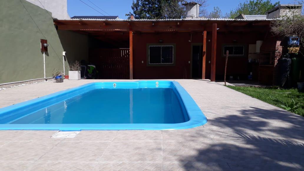 Foto Casa en Venta en  Ingeniero Maschwitz,  Escobar  ¡Oportunidad! Venta casa 4 amb c/ pileta