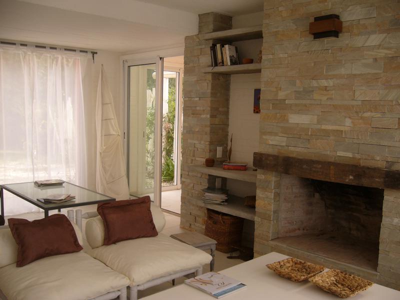 Foto Casa en Venta en  Punta Ballena ,  Maldonado  Solanas , Punta Ballena a 200m del mar