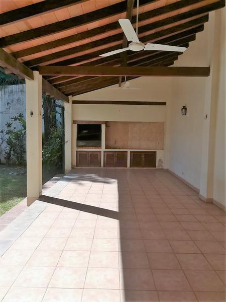 Foto Casa en Alquiler en  San Jorge,  Santisima Trinidad  Zona Goethe
