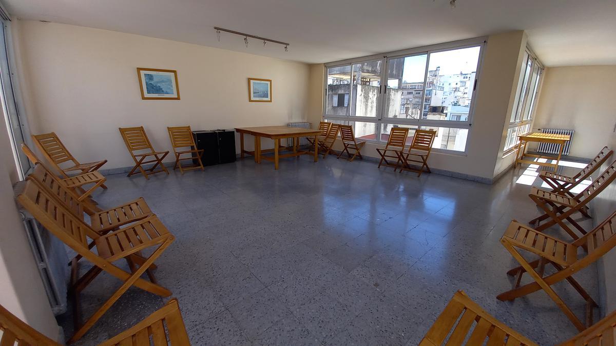 Foto Departamento en Alquiler en  Recoleta ,  Capital Federal  Azcuénaga al 1000