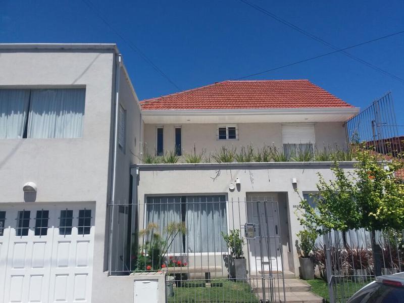 Foto Casa en Venta en  Stella Maris,  Mar Del Plata  Viamonte al 2800