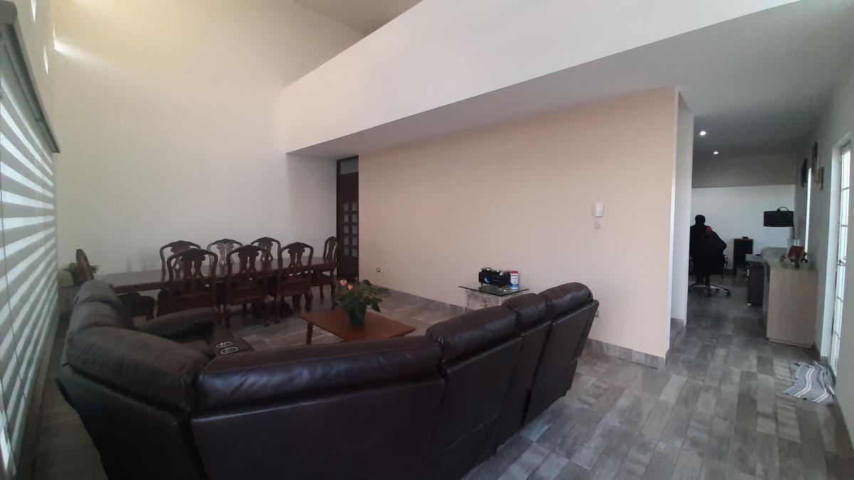 Foto Casa en Venta en  Aguascalientes ,  Aguascalientes  Venta de Casa en Loretta