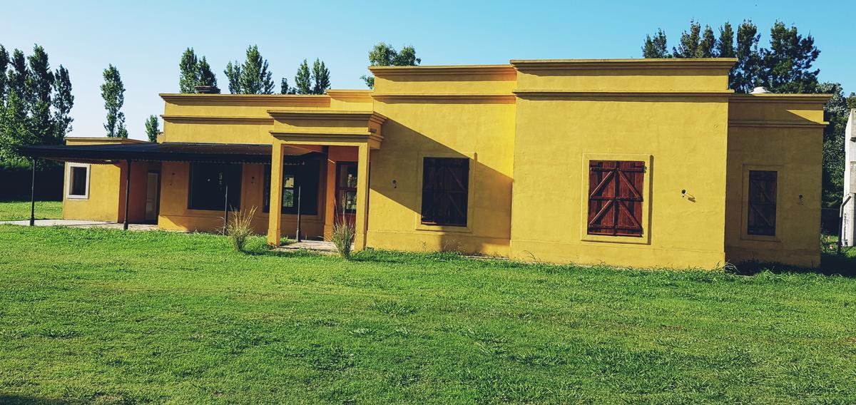 Foto Casa en Venta en  Capilla Del Señor,  Exaltacion De La Cruz  Casa en Martín Fierro