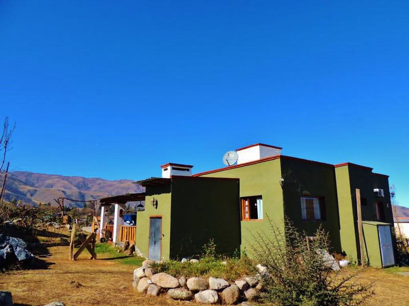 Foto Casa en Venta en  Tafi Del Valle ,  Tucumán  3 dorm 200m2 cub 2080 lote, Los Sauzales