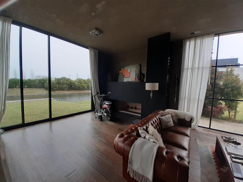 Foto Casa en Alquiler en  El Golf,  Nordelta  Nordelta,golf