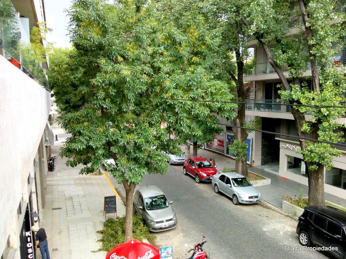 Foto Cochera en Venta en  Villa Urquiza ,  Capital Federal  Echeverria al 4200
