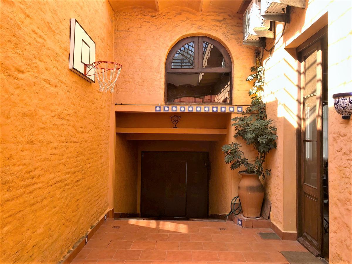 Foto Casa en Venta en  Palermo ,  Montevideo  Barrios Amorín al 1000
