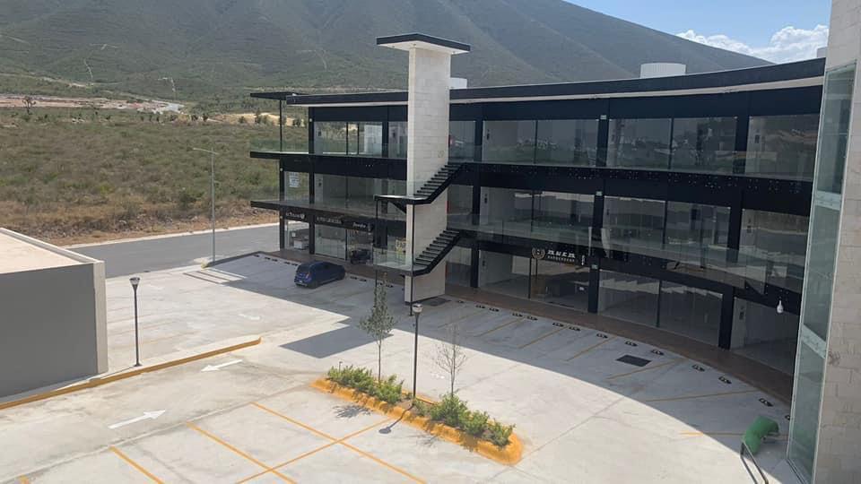 Foto Local en Renta en  Santoral,  García  Dominio Cumbres