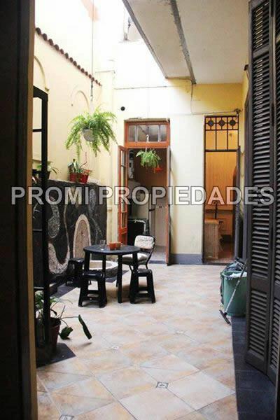 Foto PH en Venta en  San Telmo ,  Capital Federal  Carlos Calvo  al 800