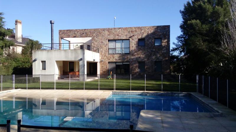 Foto Casa en Venta en  San Eliseo Golf & Country,  Countries/B.Cerrado  Casa financiada/permuta en San Eliseo