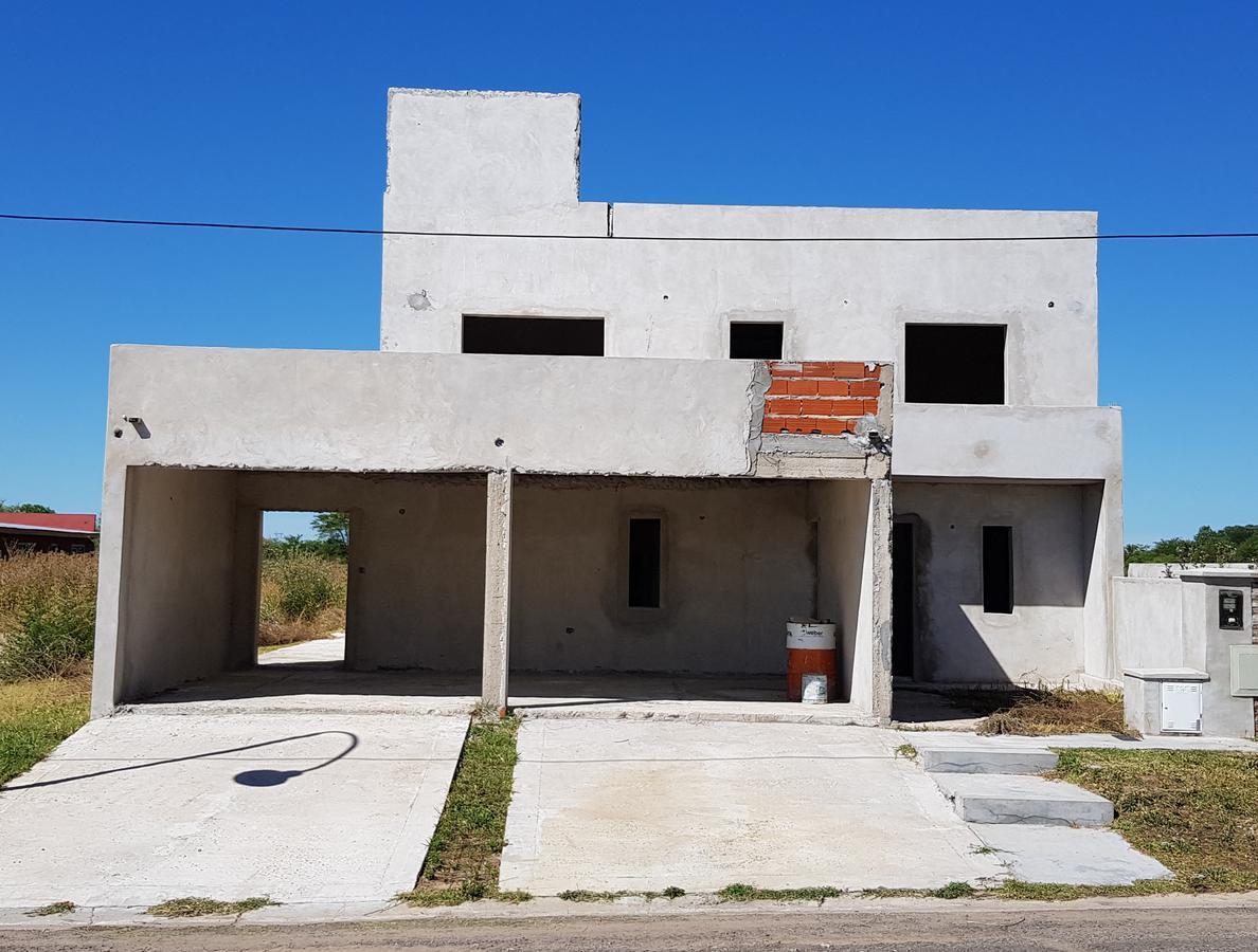 Foto Casa en Venta en  Capilla Del Señor,  Exaltacion De La Cruz  Calle Ponti  B° La Loma II