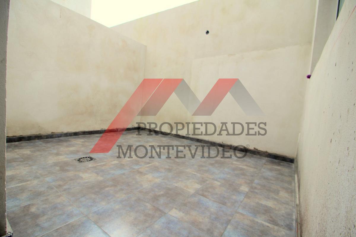 Foto Apartamento en Alquiler en  Malvín ,  Montevideo  Malvin, Candelaria y Av. Italia