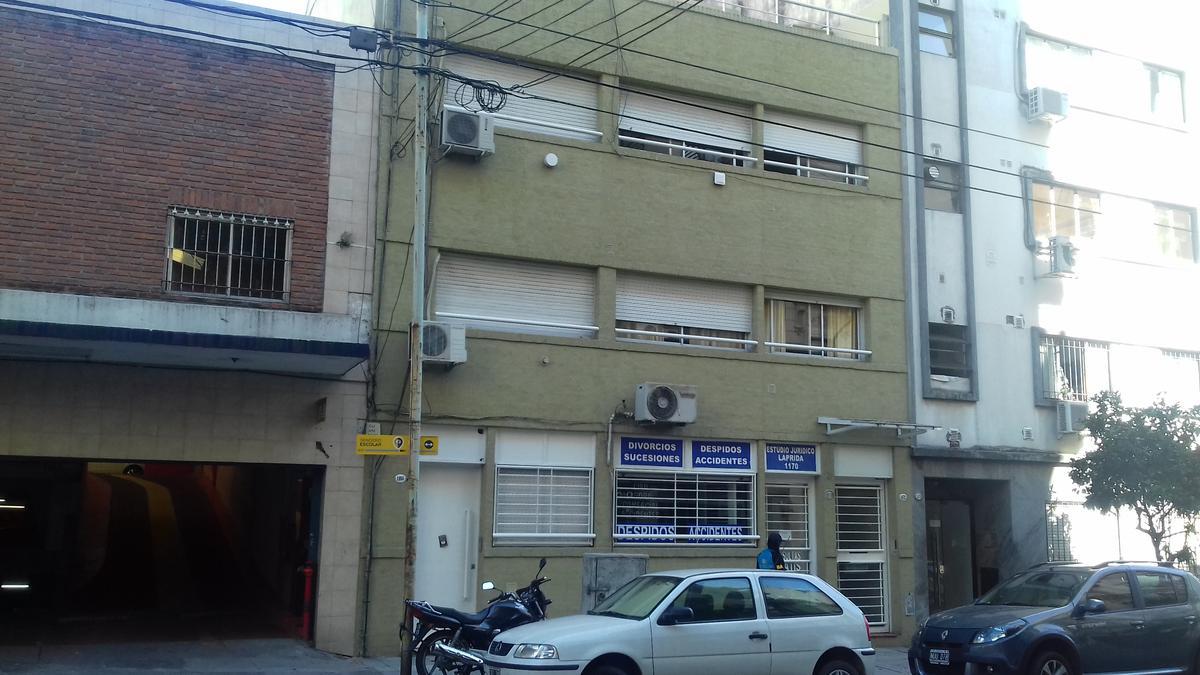 Foto Departamento en Venta en  Recoleta ,  Capital Federal  Laprida al 1100 - 2º piso