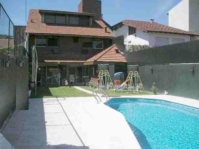 Foto Casa en Alquiler en  Mart.-Santa Fe/Fleming,  Martinez  saenz valiente al 700