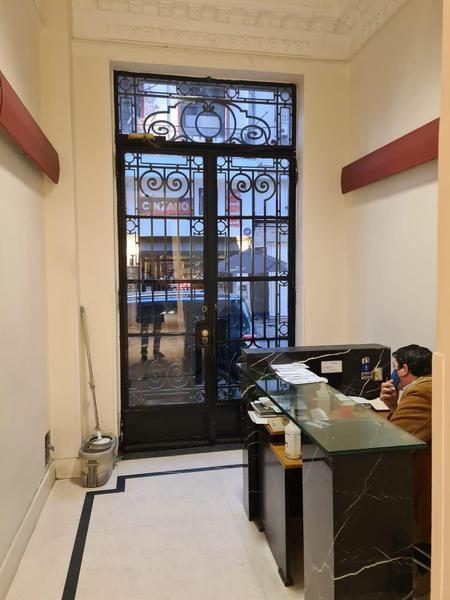 Foto Oficina en Venta en  Microcentro,  Centro (Capital Federal)  Suipacha al 400
