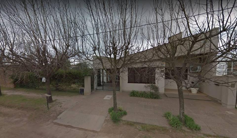 Foto Casa en Venta |  en  Lincoln,  Lincoln  Suipacha al 400, Lincoln