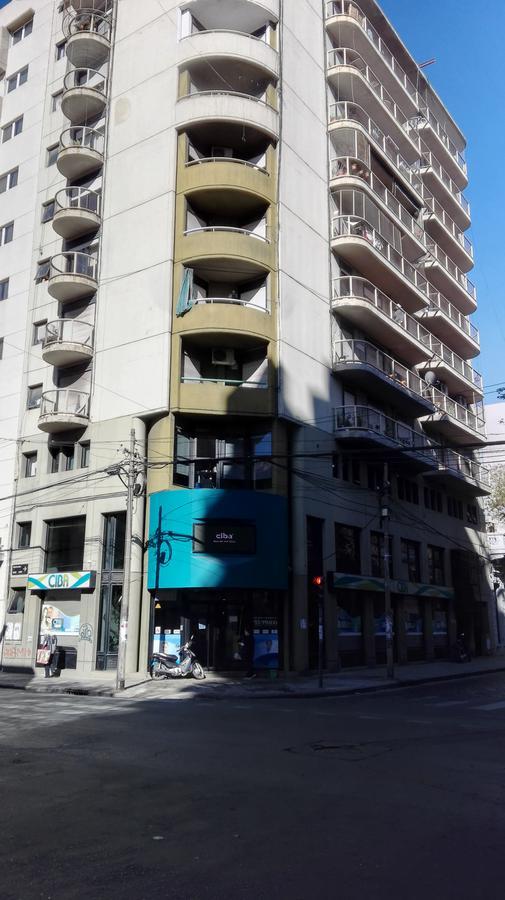 Foto Departamento en Alquiler en  Macrocentro,  Rosario  ZEBALLOS al 1400