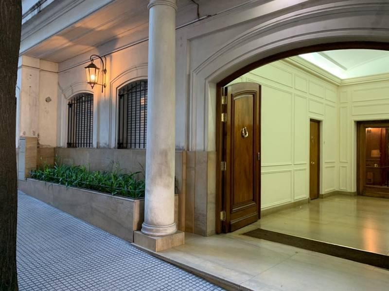 Foto Departamento en Alquiler en  Recoleta ,  Capital Federal  Rodriguez Peña al 1900