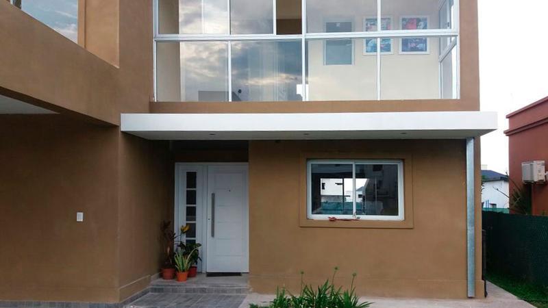 Foto Casa en Venta en  Yerba Buena ,  Tucumán  Alto Verde 1