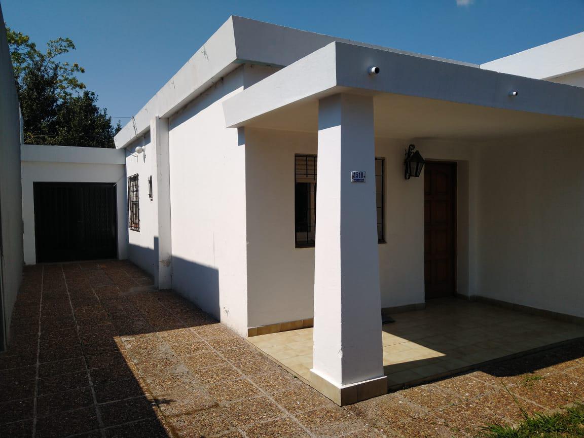 Foto Casa en Venta |  en  Marcos Paz ,  G.B.A. Zona Oeste  Avellaneda al 1500