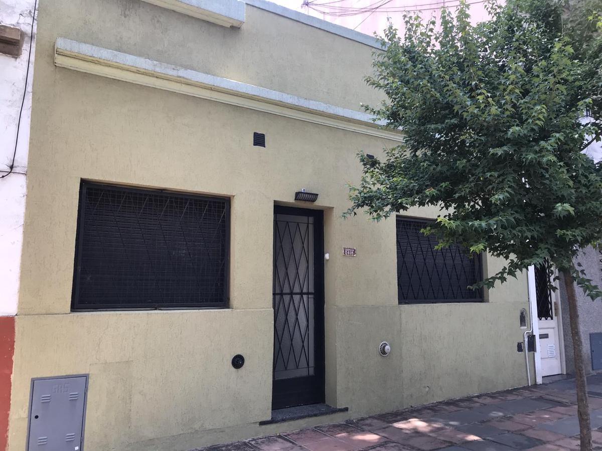 Foto Casa en Venta en  Villa del Parque ,  Capital Federal  CAMPANA al 2400