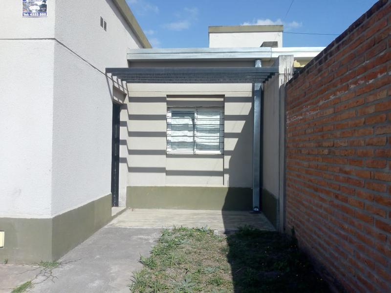 Foto Casa en Venta en  Villa Carmela,  Yerba Buena  Barrio al 200