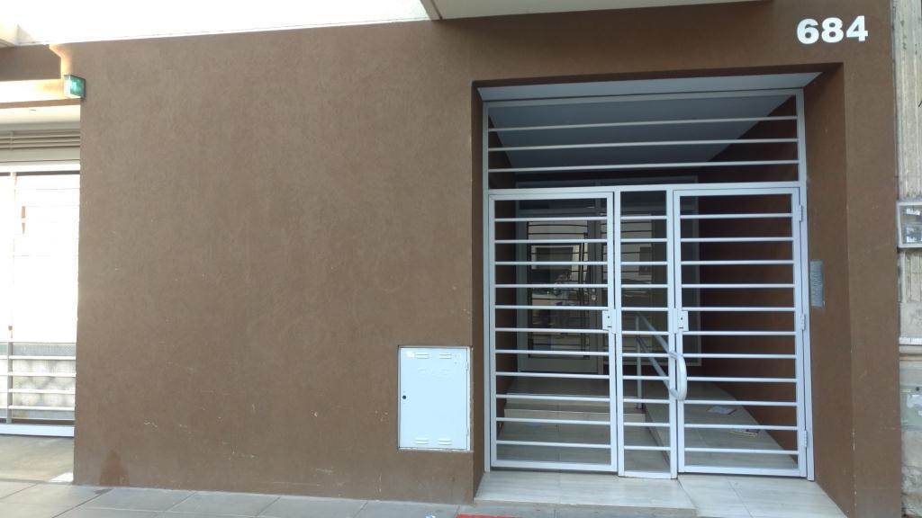 Foto Departamento en Venta en  S.Cristobal ,  Capital Federal  Dean Funes al 600 Piso