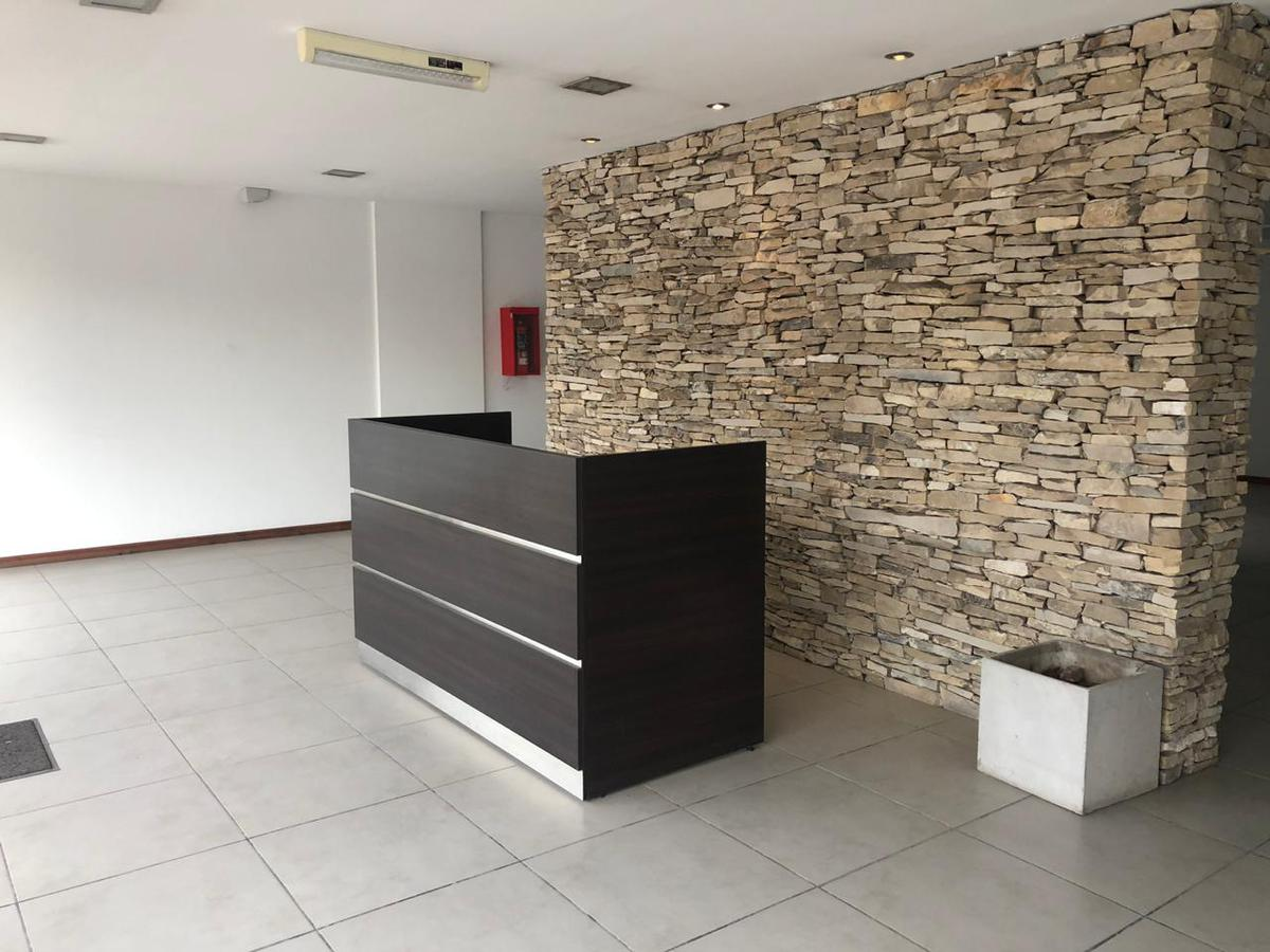 Foto Oficina en Venta en GRAHAM BELL, A. entre CORVALAN y GAONA, AVDA., Moreno | Paso Del Rey | Graham Bell