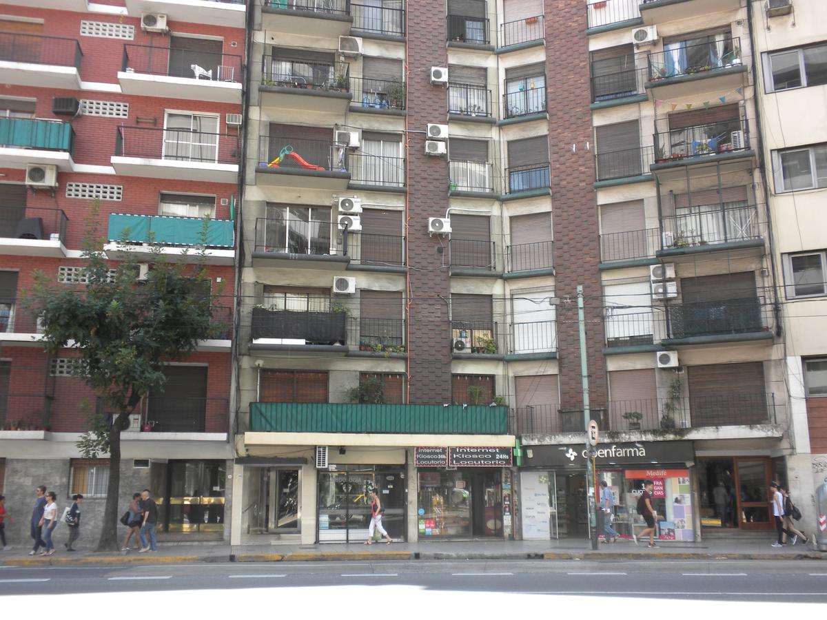 Foto Departamento en Alquiler en  Barrio Norte ,  Capital Federal  Cordoba 2645  4º 14