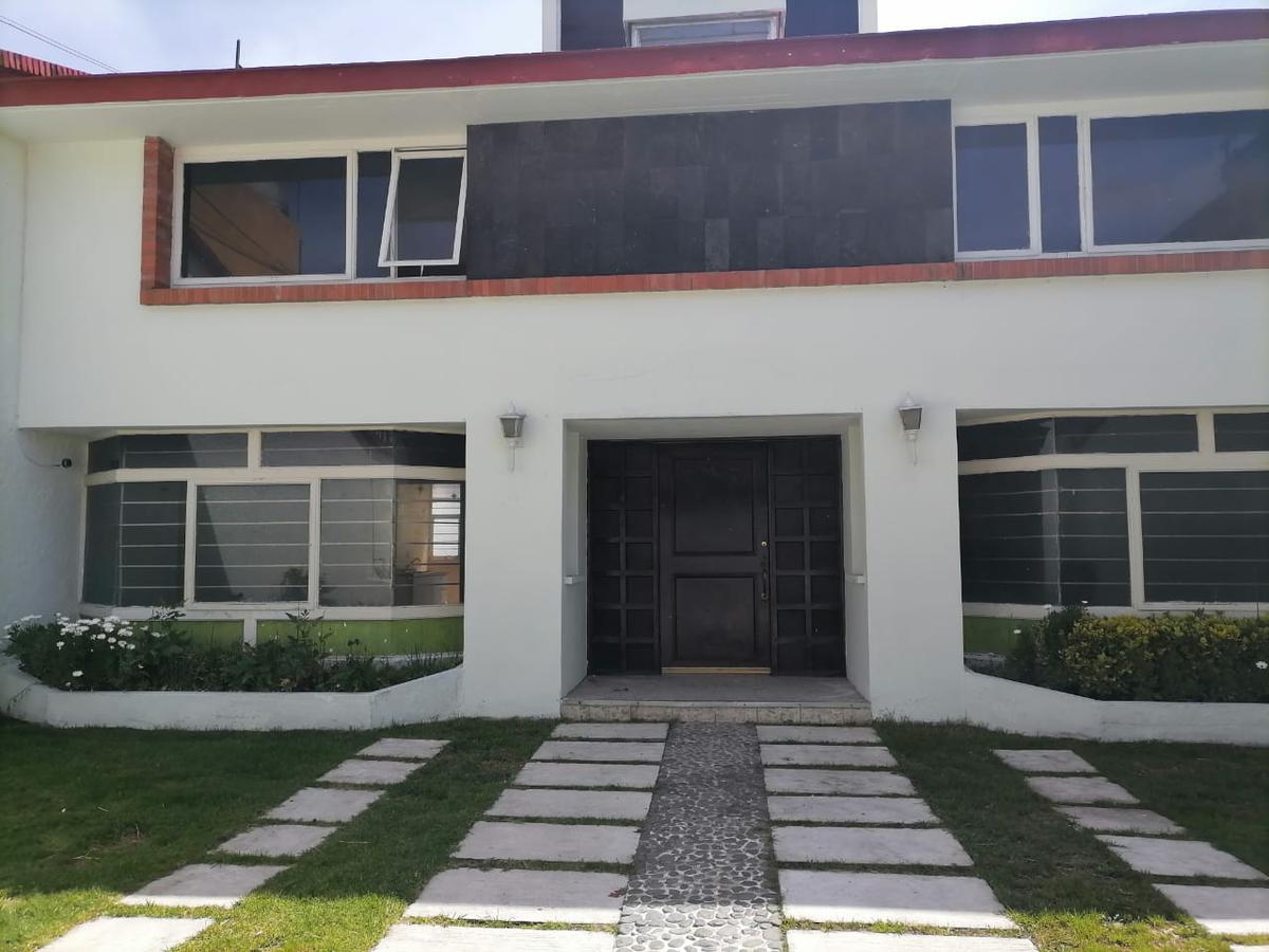 Foto Casa en Renta en  Cuauhtémoc,  Toluca  CASA EN RENTA IDEAL PARA OFICINA  TOLUCA céntrica, a unos pasos de la Av. V Carranza y Pino Suarez