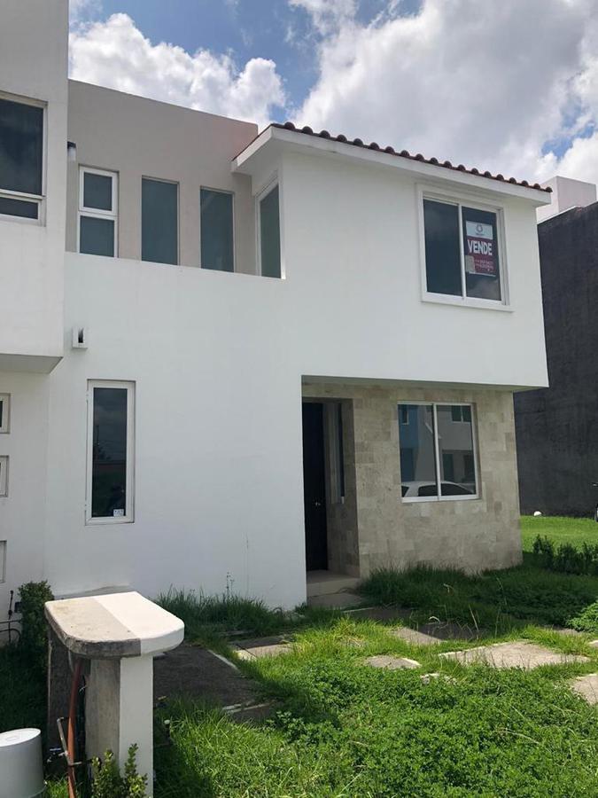 Foto Casa en Venta en  Toluca ,  Edo. de México  CASA 2 FUENTE DE SAN JOSE