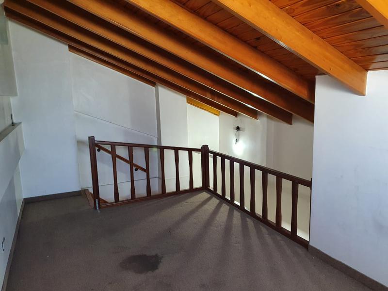 Foto Departamento en Venta en  Lomas De Zamora,  Lomas De Zamora  Venta  - Departamento en Las Lomitas