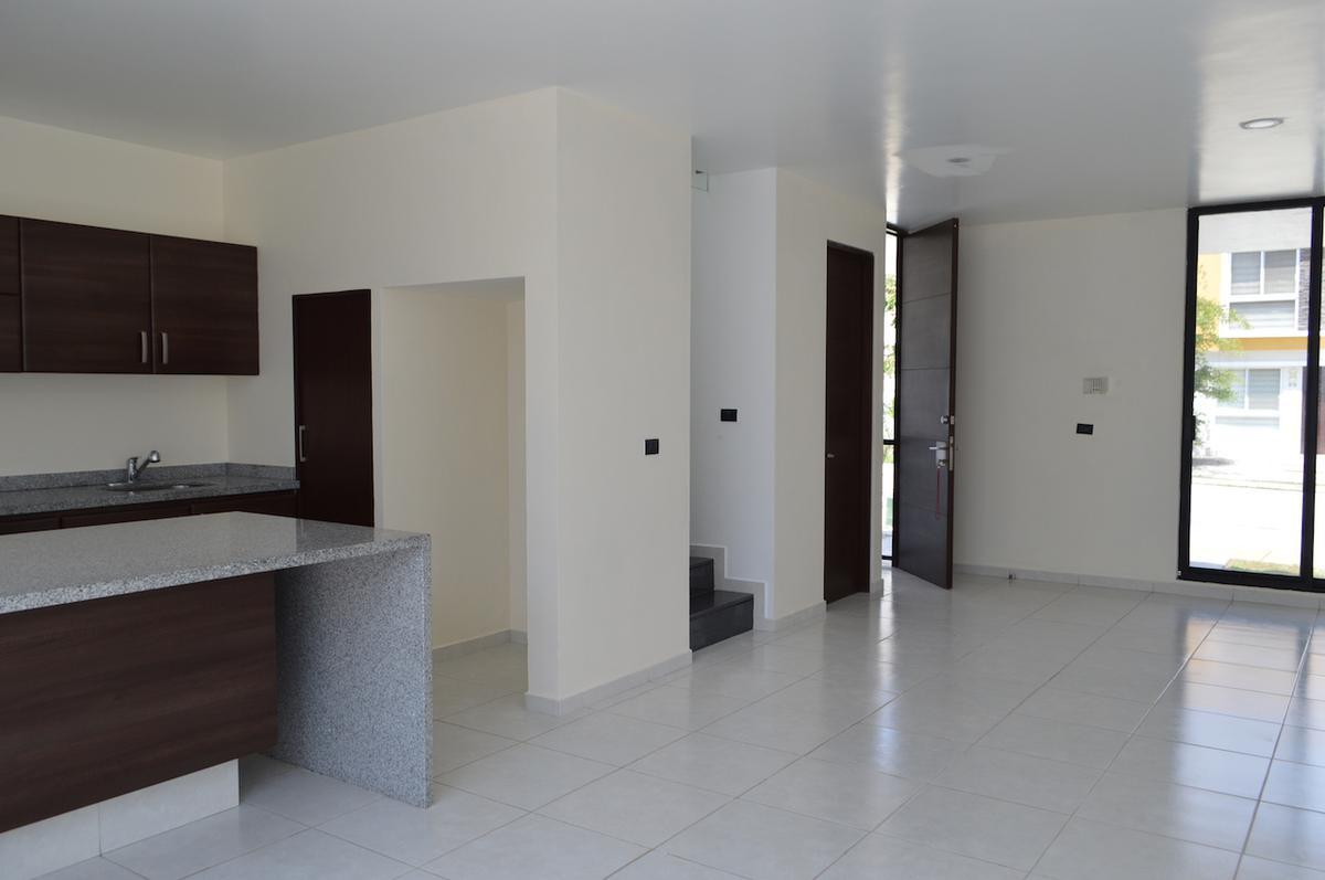 Foto Casa en Venta en  Real del Bosque,  Tlajomulco de Zúñiga  Torrenta 126