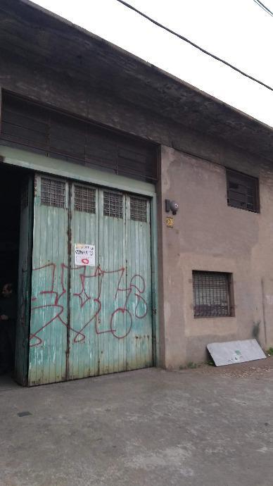 Foto Depósito en Alquiler en  Lanús Este,  Lanús  Bustamante al 1241