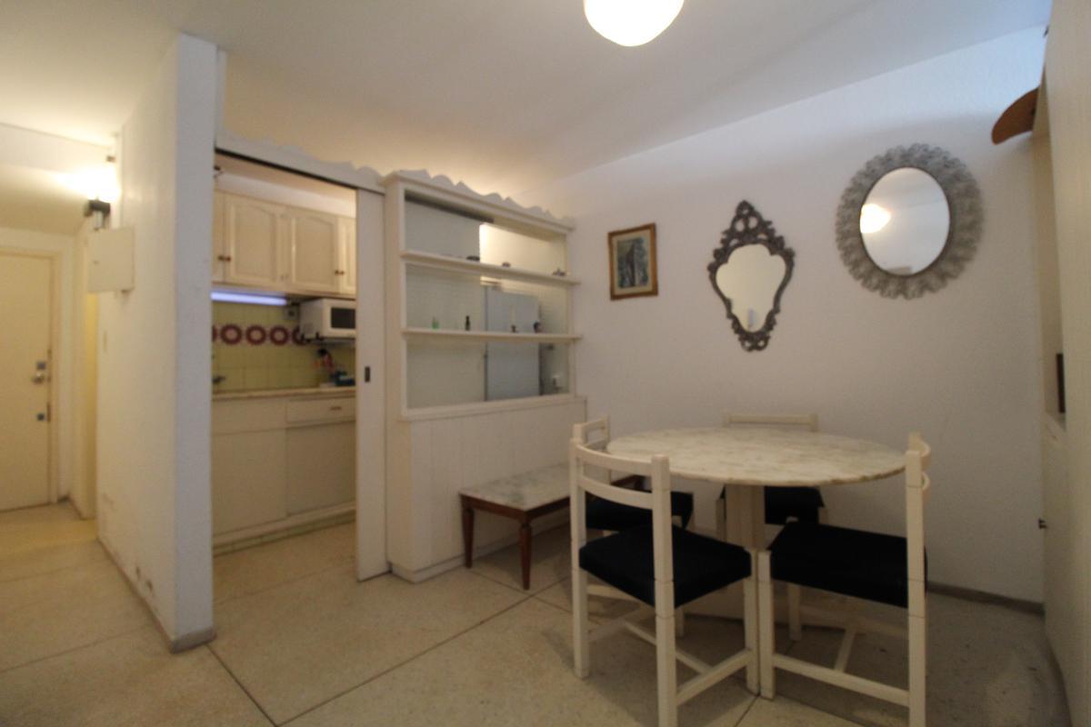 Foto Apartamento en Venta en  Península,  Punta del Este  Av. Gorlero